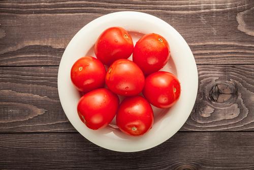 トマト 赤い 色素 理由