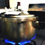 とうもろこしを茹でる・蒸す場合に圧力鍋を使う!何分くらい?