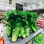 スーパーでセロリが安い値段で販売されている時期について!旬に関係が!?