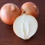玉ねぎが使いきれない!使いかけの玉ねぎの消費期限と保存方法は?