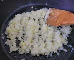 玉ねぎ 炒め物 カロリー